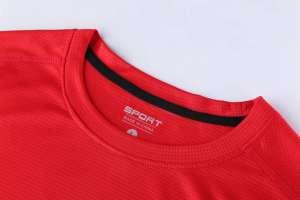 圆领T恤 新款速干T恤3D红色细节展示