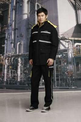 工人穿着工作服的好处有哪些呢